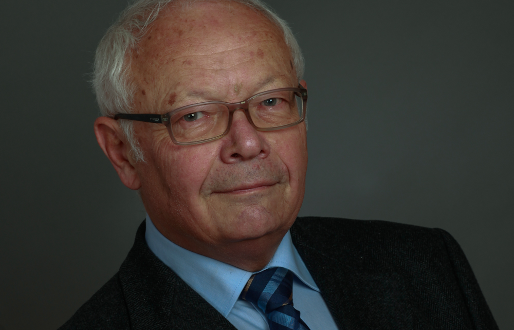 Dr._Gerhard_Adler